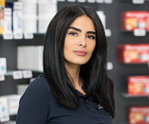 Frau Gharehgozli
